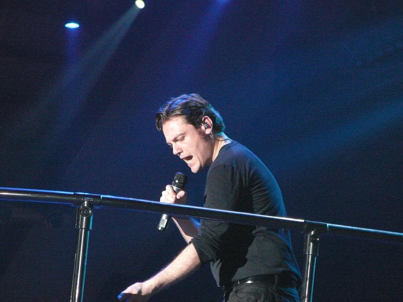 Tiziano Ferro-Cantante in concerto