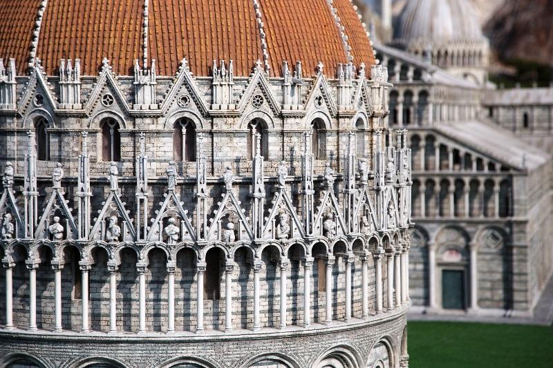 Italia in miniatura - particolare della Torre di Pisa