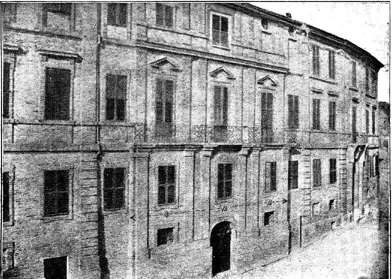 Casa Leopardi. Foto d'epoca della facciata di palazzo Leopardi, Recanati