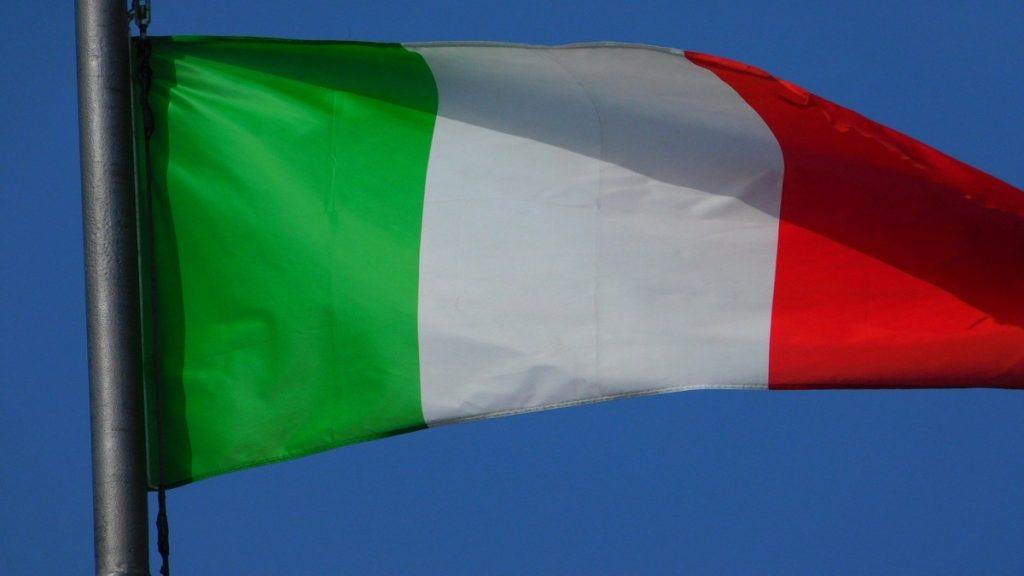 Anniversario dell'Unità d'Italia, 17 marzo 2020, la bandiera dell'italia