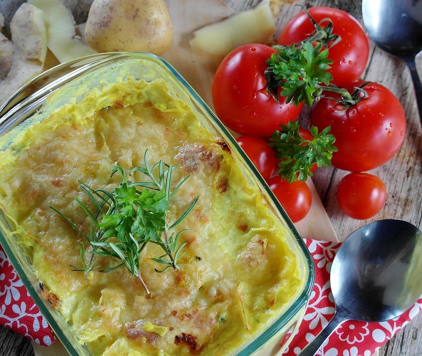 gateau di patate - un pasticcio con verdure