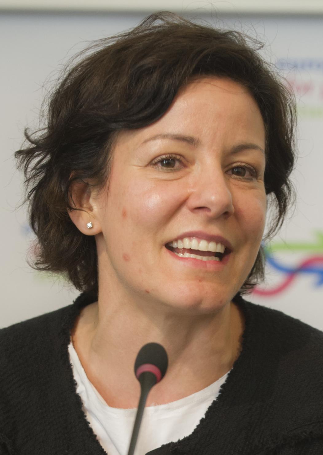 app - il ministro Pisano  - minister Pisano