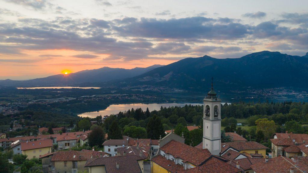Coronavirus - panorama di Bergamo con tramonto