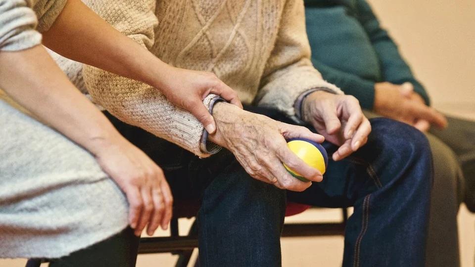 L'infermiera Antonella - l'assistenza agli anziani ai tempi del covid