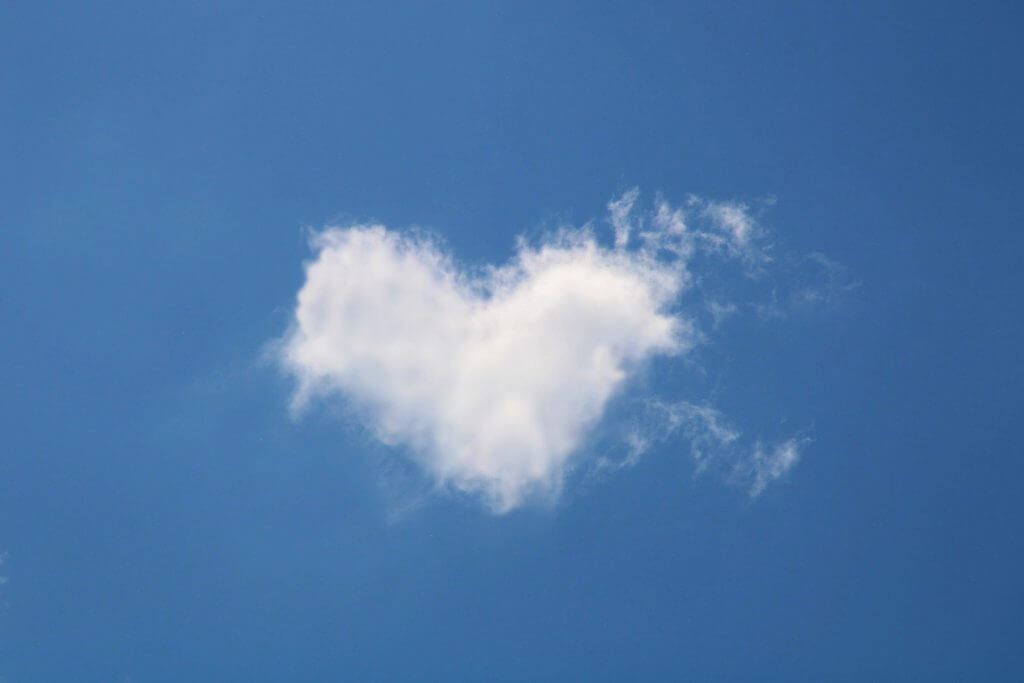 words of hope - heart-shaped cloud