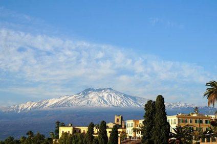 Il pianeta - l'Etna si vede meglio con il cielo limpido