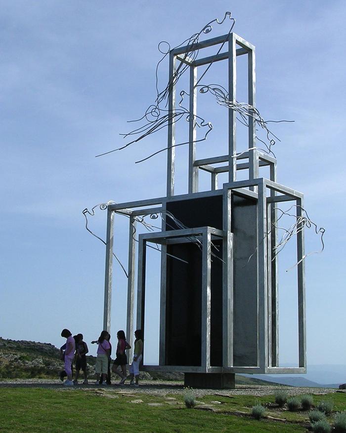 costruzione che rappresenta La cattura dell'ala del vento Parco Ulassai