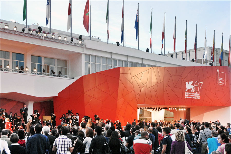 entrata della Mostra del cinema - venice film festival entrance