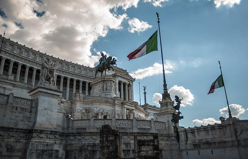 frecce - l'altare della patria a roma