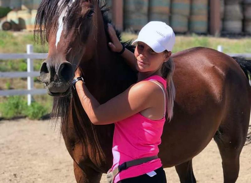 Barbara con un cavallo