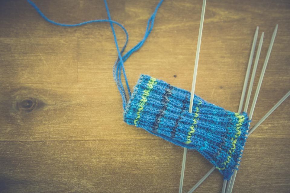 fatto in casa - ferri per lavorare a maglia - homemade - knitting needles
