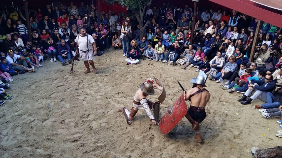 Al Roma World gli spettacoli dei gladiatori - Gladiator shows at Roma World