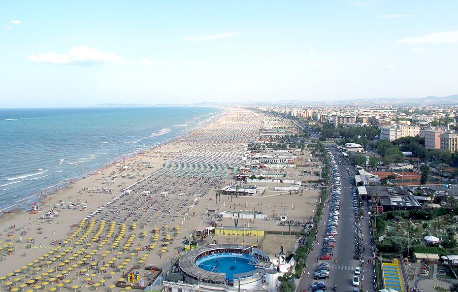 Publiphono - spiaggia della riviera romagnola - beach on the Romagna Riviera