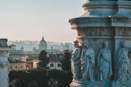 storia d'amore - particolare di roma