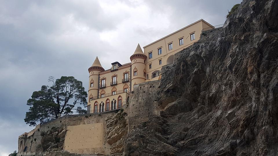 Il castello di Maiori