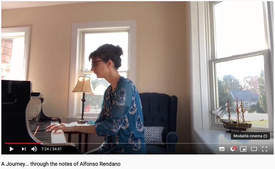Daniela Roma al pianoforte