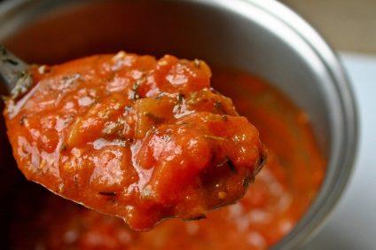 salsa di sugo con salsiccia