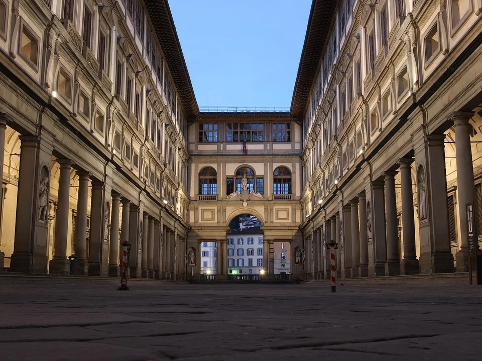 La galleria degli Uffizi a Firenze - The Uffizi gallery in Florence