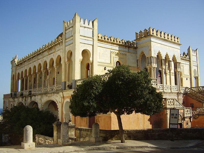 A Santa Cesarea l'antica villa Sticchi