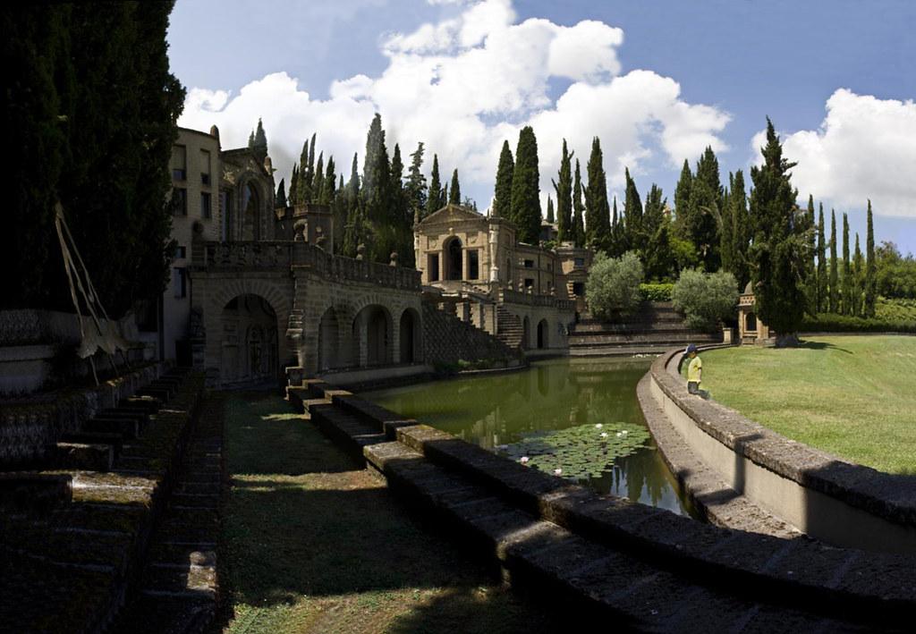 veduta della chiesa di Scarzuola - church
