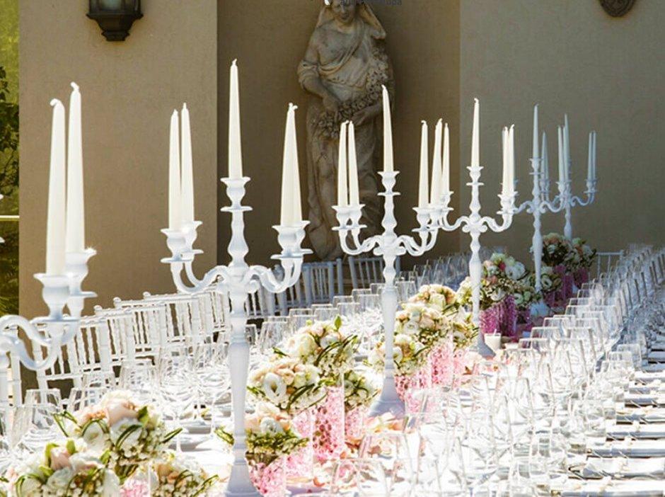 Tavola addobbata per un ricevimento nuziale / Table decorated for a wedding reception