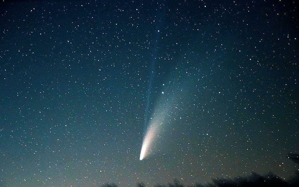La cometa Neowise è stata avvistata nei cieli italiani / Comet Neowise has been spotted in Italian skies