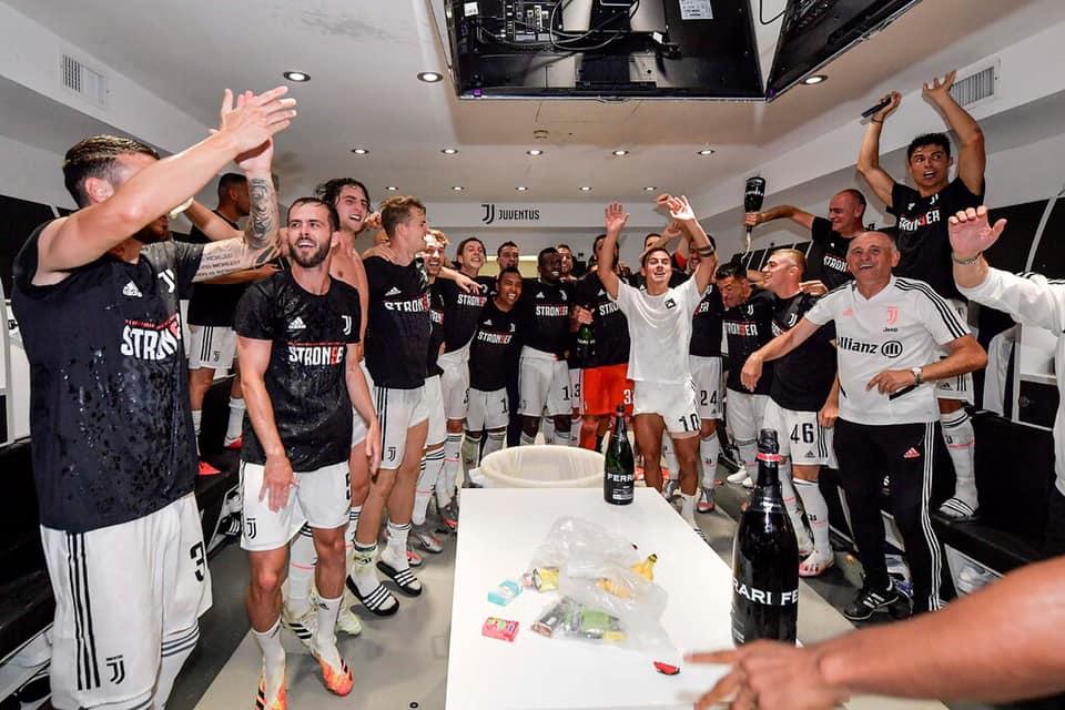 The Juventus goalkeeper celebrates with the team