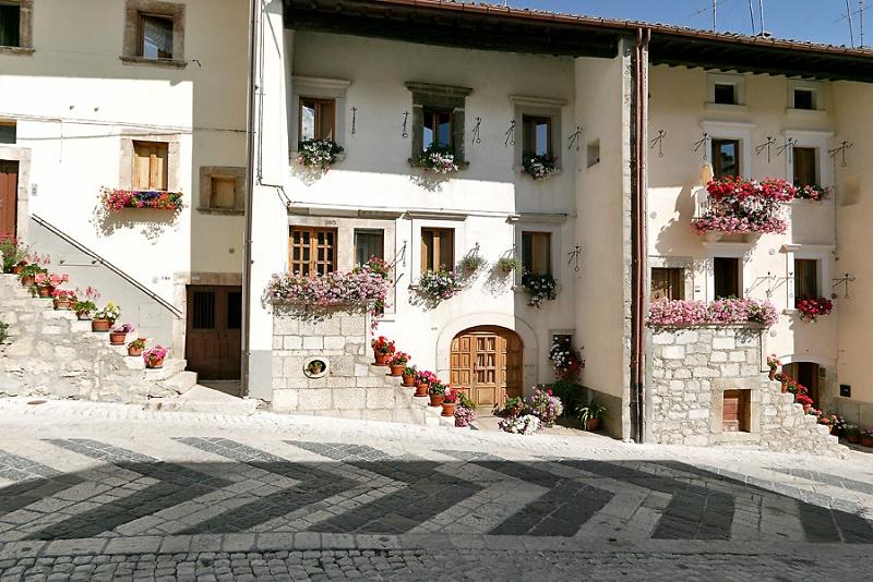Pescocostanzo, case. Foto Il Portale di pescocostanzo