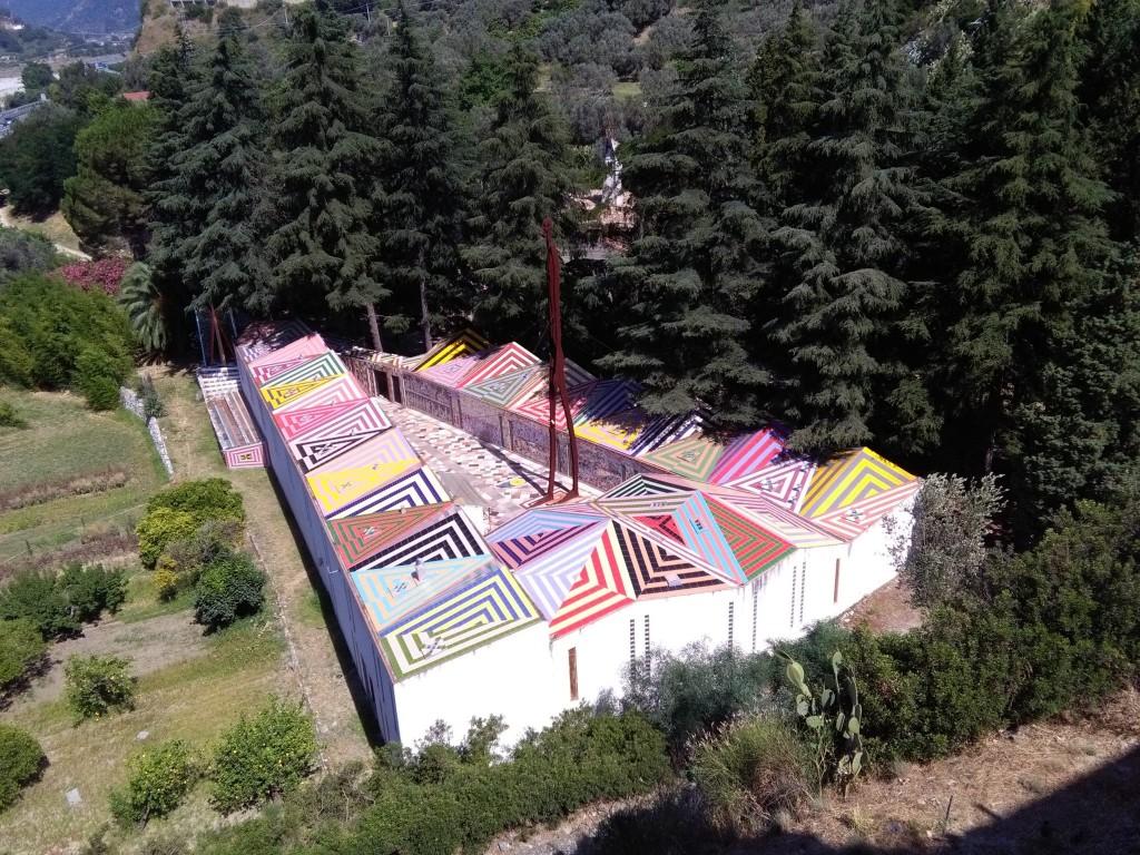 Nik Spatari all'interno del Museo ha realizzato una cappella che è soprannominata la cappella Sistina del MuSaBa