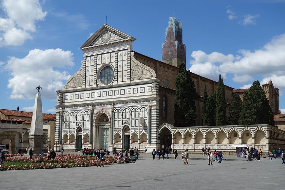 A Santa Maria Novella il museo della lingua italiana / In the complex of Santa Maria Novella in Florence the Museum of the Italian language.