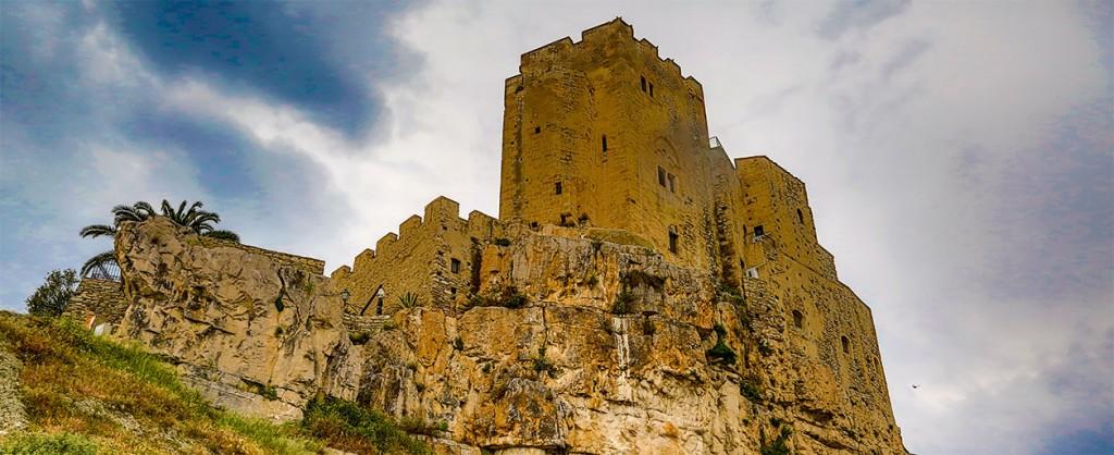Il castello di Roseto Capo Spulico