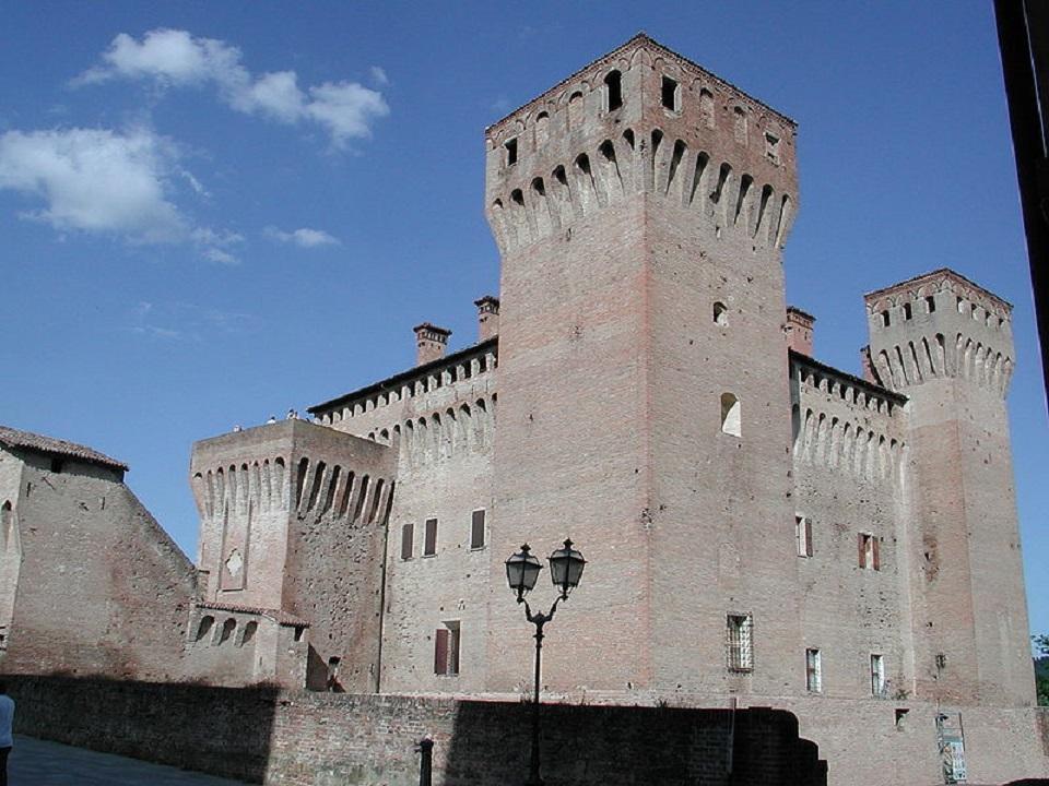 Il castello di Vignola, in provincia di Modena