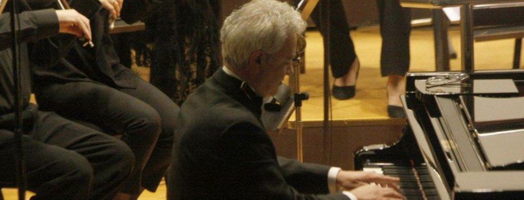 Leonardo Saraceni al pianoforte