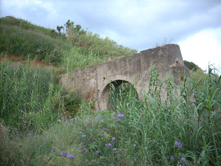 Rudere del Mulino ubicato nel territorio di Sangineto.