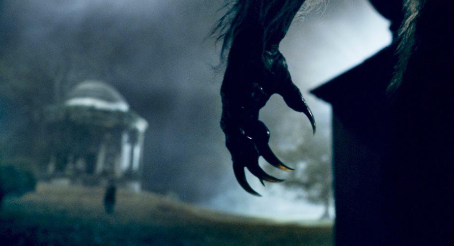 Il licantropo - Una scena del film sul lupo mannaro