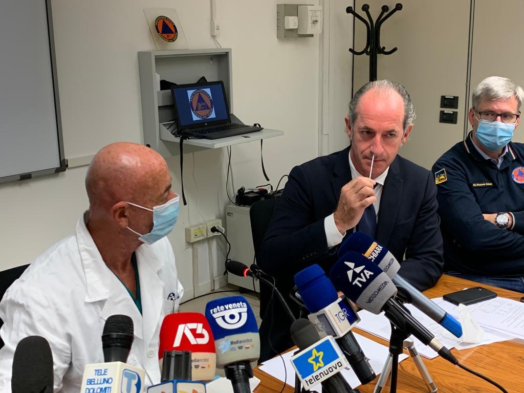 presentazione test rapido con il governatore Luca Zaia