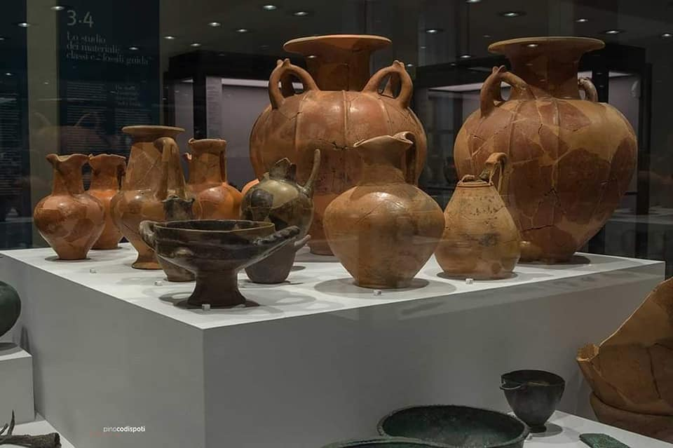 I vasi della collezione al Mann