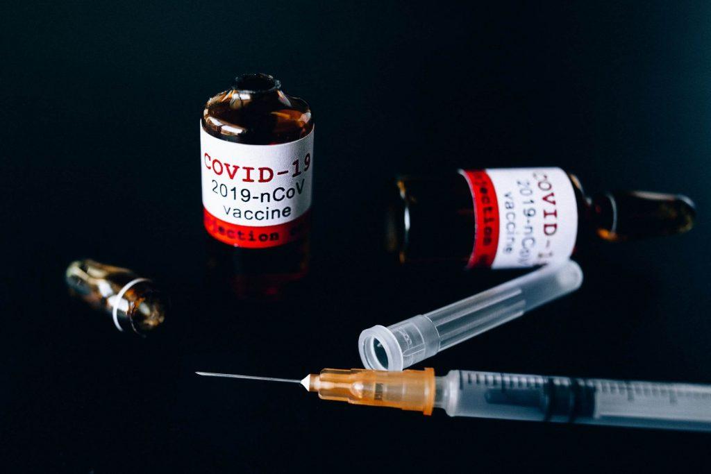 piano vaccini fiale