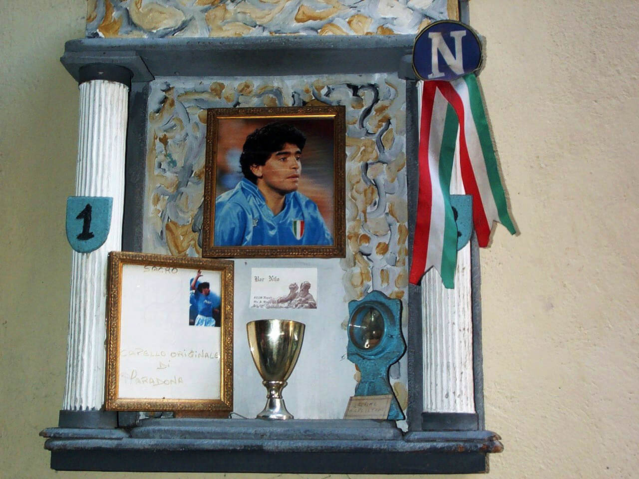 Stadio San Paolo a Maradona - Tribunetta votiva Maradona a Napoli
