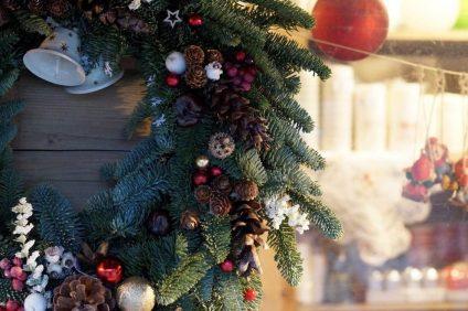 Mercatini di Natale annullati - Ghirlanda natalizia