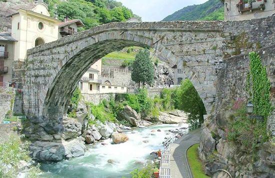 Angolo del ponte romani