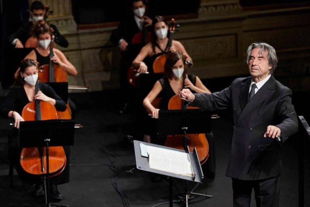 Riccardo Muti - Muti dirige l'orchestra Cherubini durante il Ravenna Festival 2020