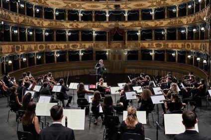 Riccardo Muti - Muti e l'orchestra Cherubini al teatro Alighieri di Ravenna