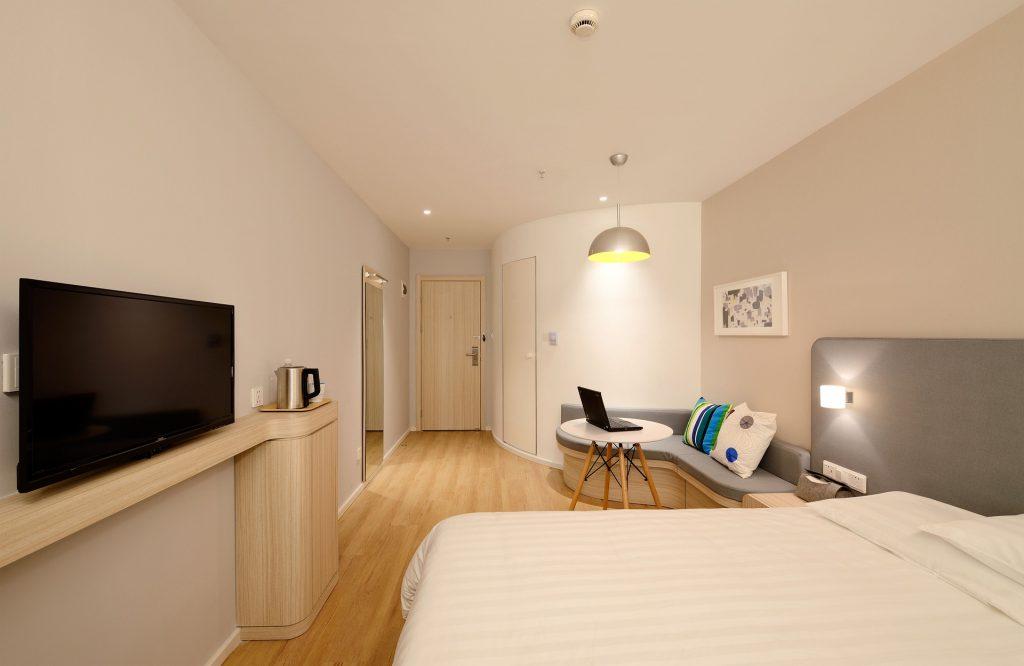 Covid Hotel - stanza di albergo