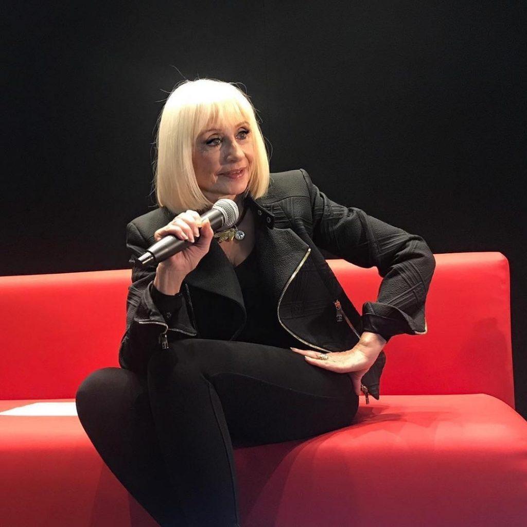 Raffaella Carrà, un musical ne celebra la carriera