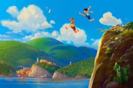 Luca - Luca e Alberto si tuffano in mare da una scogliera