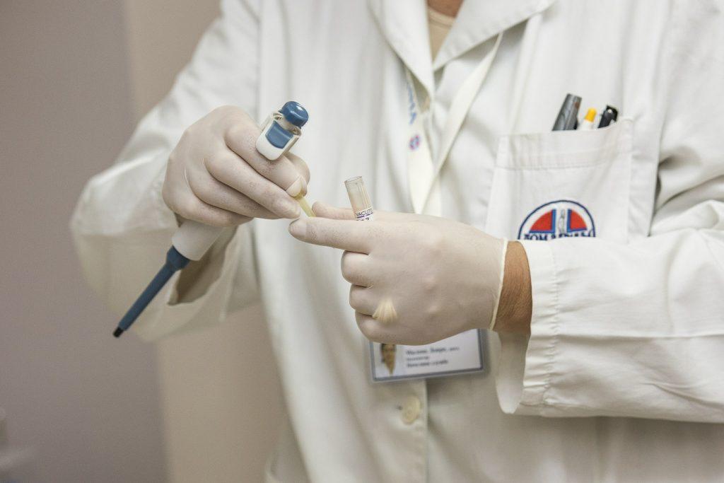 medici negazionisti