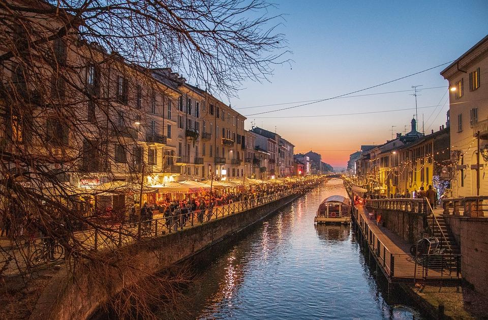 I navigli di Milano durante le festività