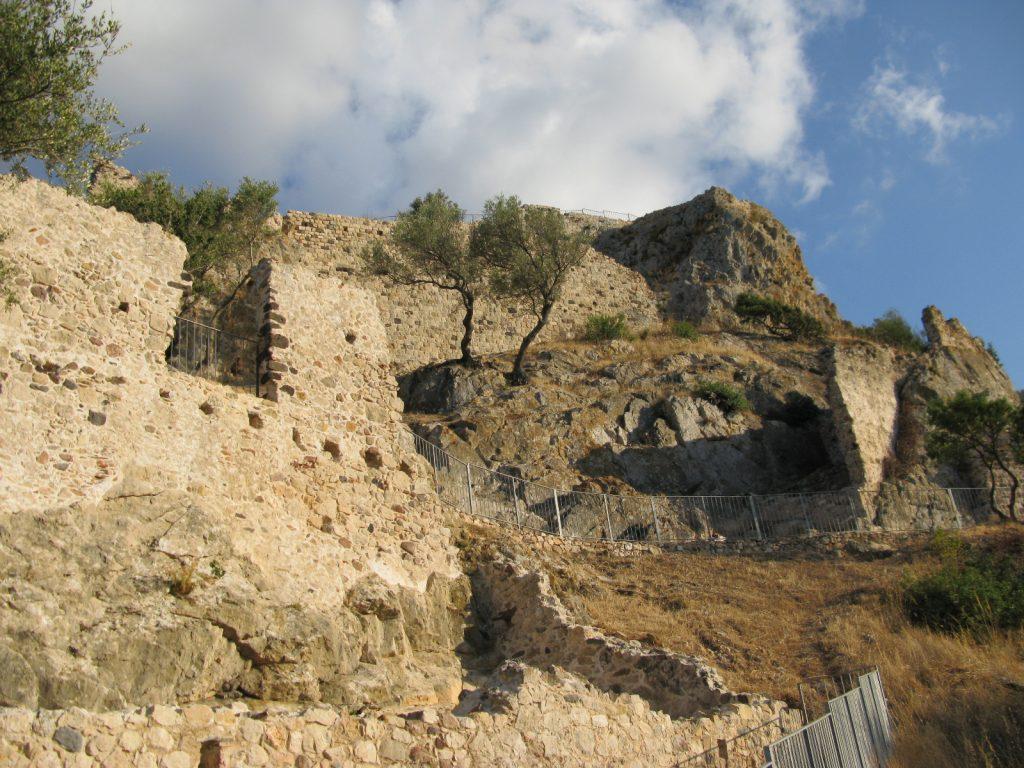 Galtellì - Castello di Pontes