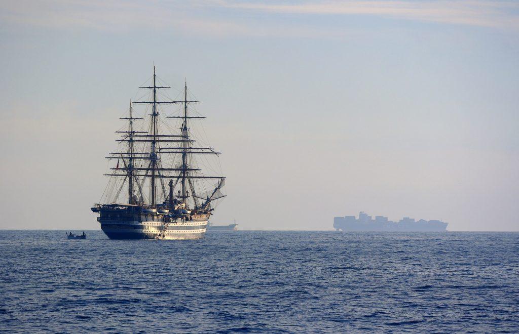 Amerigo Vespucci al largo di Livorno